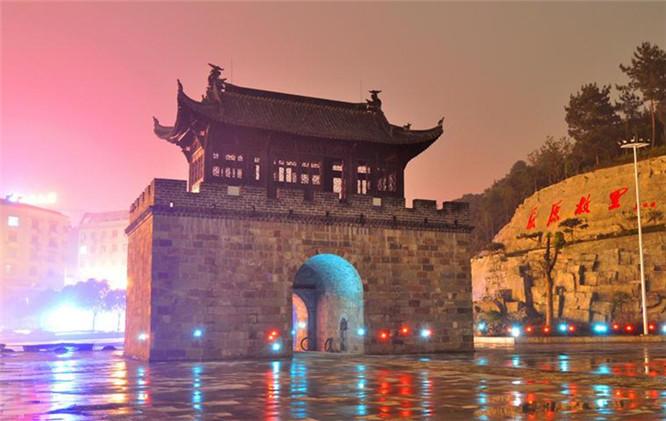【最新】宜昌摄影旅游景点推荐_宜昌摄影旅游景点有哪些_宜昌摄影路线有哪些