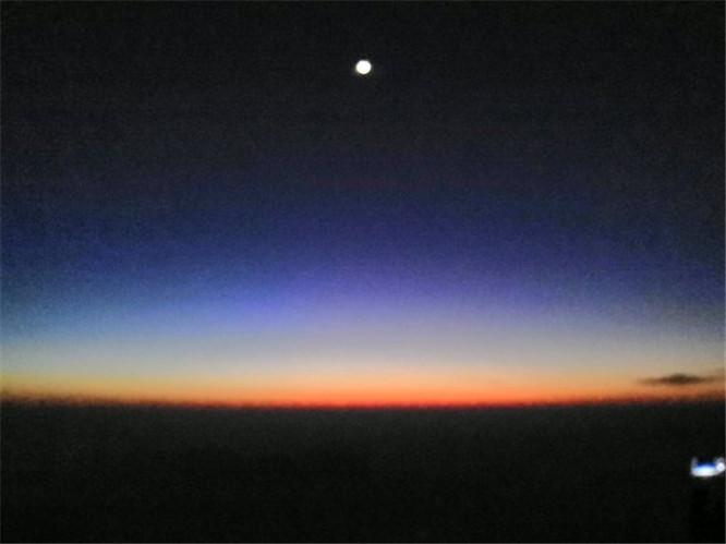 武当山冬日金顶摄影图